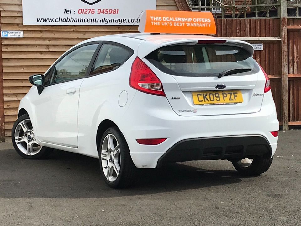 2009 Ford Fiesta 1.6 TDCi Zetec S 3dr - Picture 6 of 26