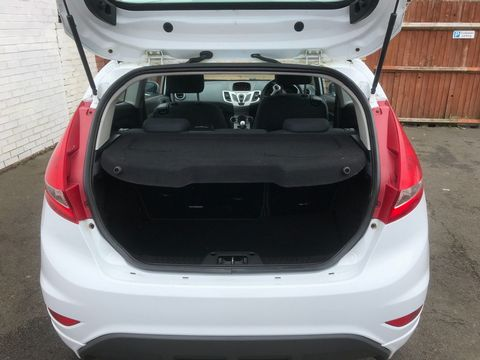 2009 Ford Fiesta 1.6 TDCi Zetec S 3dr - Picture 10 of 28