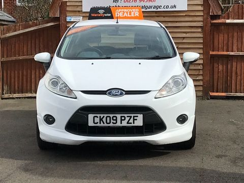 2009 Ford Fiesta 1.6 TDCi Zetec S 3dr - Picture 3 of 28