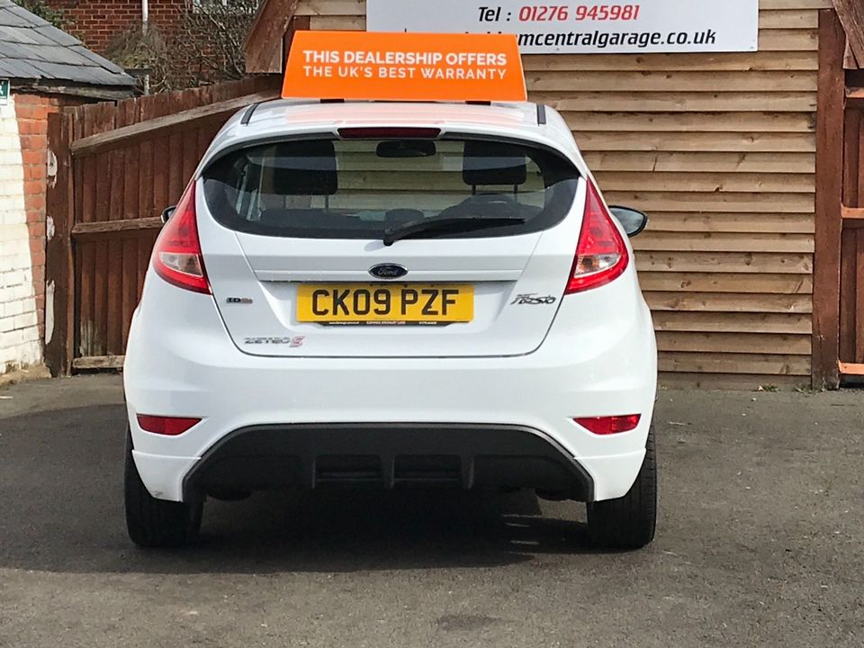 2009 Ford Fiesta 1.6 TDCi Zetec S 3dr - Picture 7 of 28