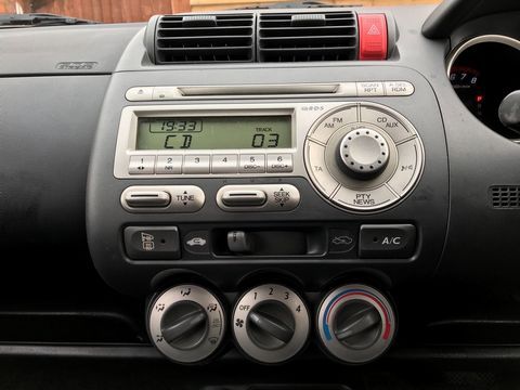 2006 Honda Jazz 1.4 i-DSI SE CVT-7 5dr - Picture 18 of 31