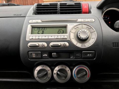 2006 Honda Jazz 1.4 i-DSI SE CVT-7 5dr - Picture 18 of 30