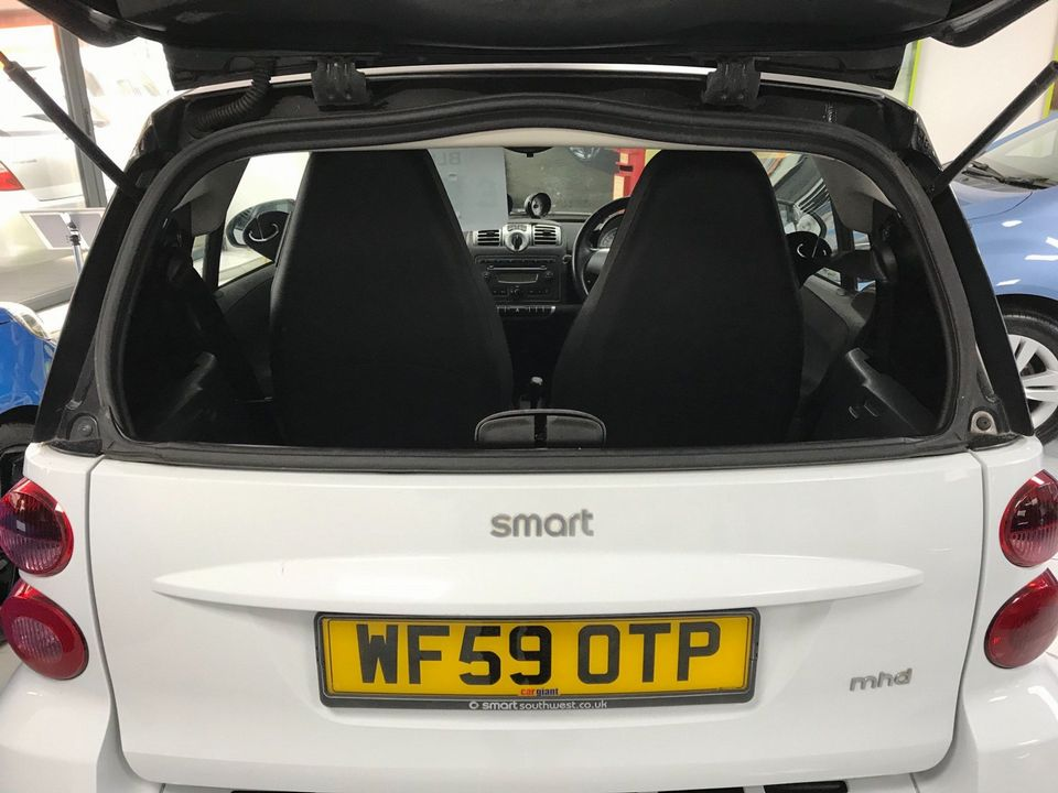 2009 Smart fortwo 1.0 MHD Pulse 2dr - Picture 9 of 31