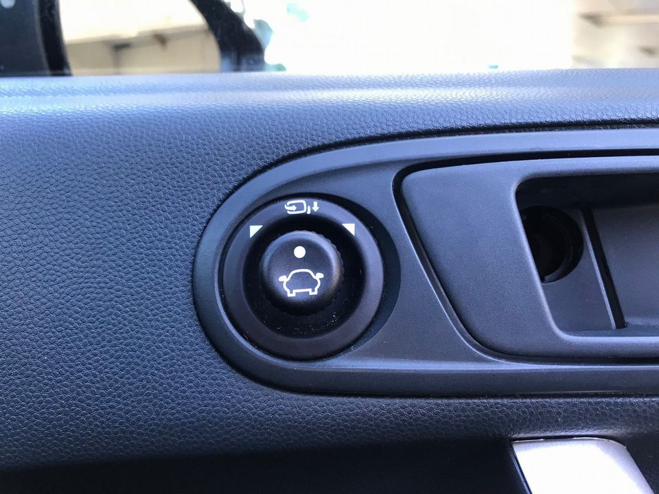 2009 Ford Fiesta 1.4 Titanium 5dr - Picture 26 of 31