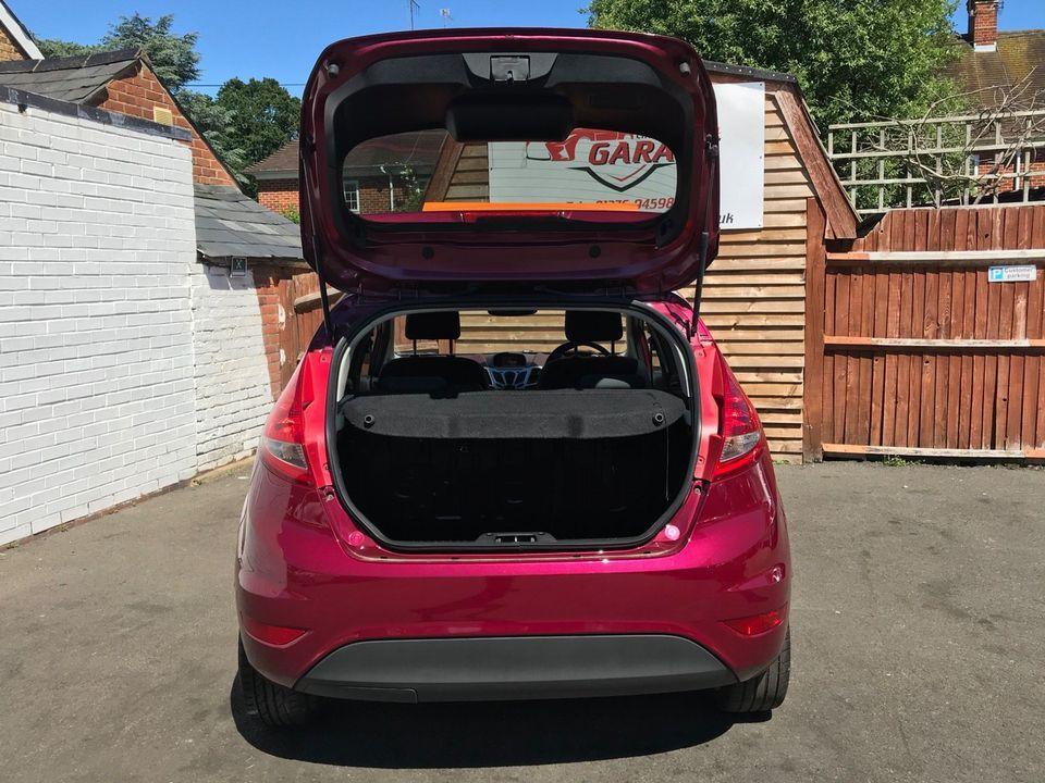 2009 Ford Fiesta 1.4 Titanium 5dr - Picture 10 of 32