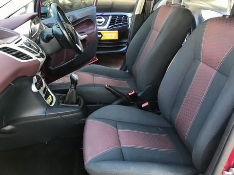 2009 Ford Fiesta 1.4 Titanium 5dr - Picture 16 of 32