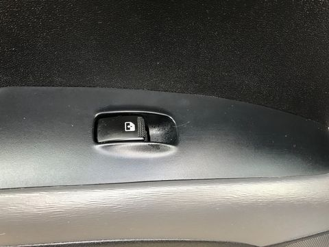 2011 Hyundai i10 1.2 Style 5dr - Picture 22 of 32