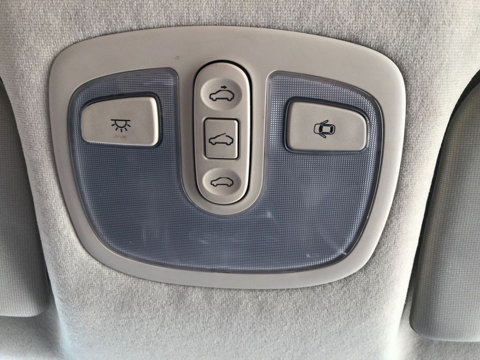 2011 Hyundai i10 1.2 Style 5dr - Picture 31 of 34