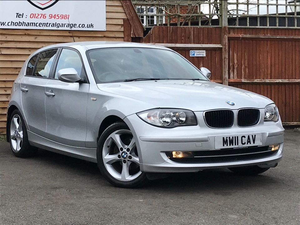 2011 BMW 1 Series 2.0 116i Sport 5dr - Picture 1 of 28
