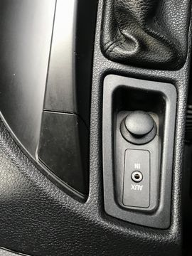 2011 BMW 1 Series 2.0 116i Sport 5dr - Picture 25 of 28
