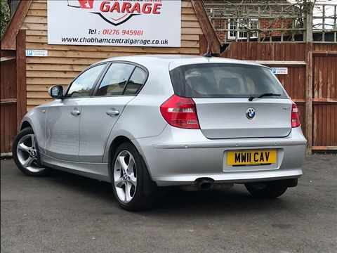 2011 BMW 1 Series 2.0 116i Sport 5dr - Picture 6 of 28