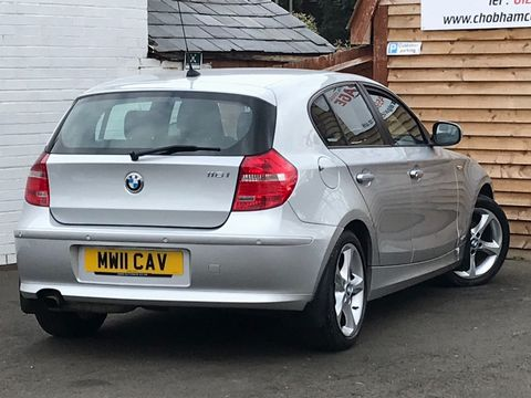 2011 BMW 1 Series 2.0 116i Sport 5dr - Picture 8 of 28