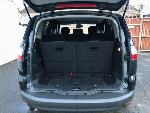 2010 Ford S-Max 2.0 TDCi Titanium 5dr - Picture 10 of 32