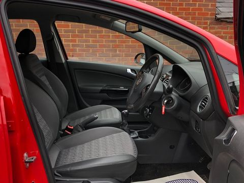 2014 Vauxhall Corsa 1.2 i 16v SE 5dr (a/c) - Picture 20 of 35