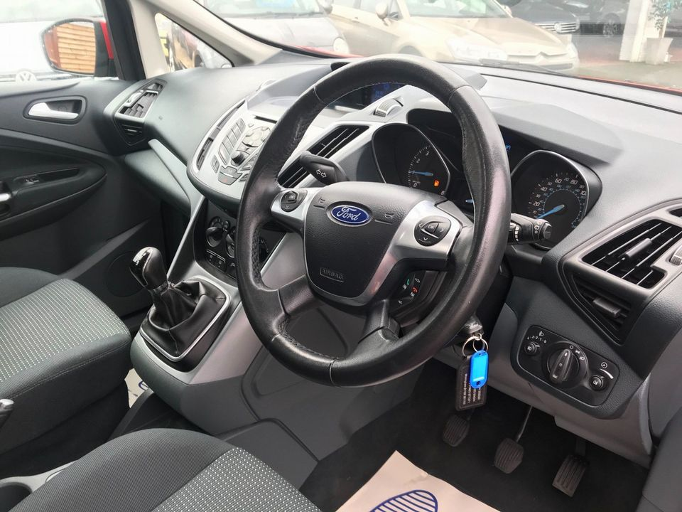 2010 Ford C-Max 1.6 Zetec 5dr - Picture 14 of 36
