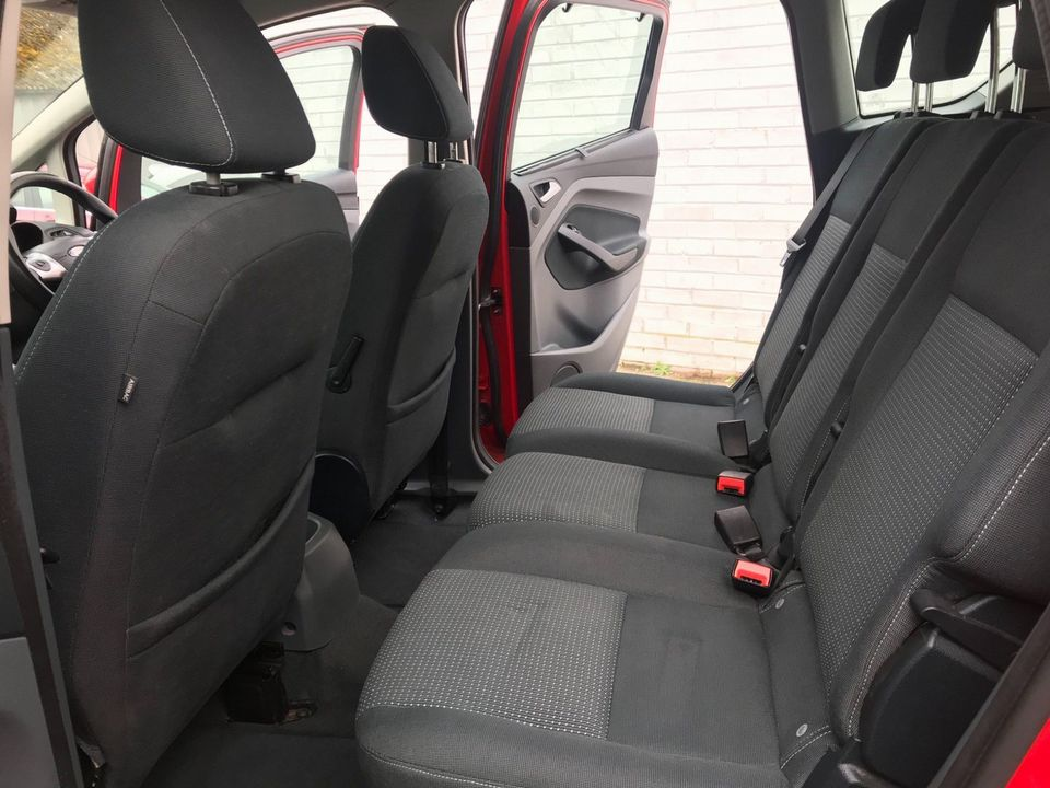 2010 Ford C-Max 1.6 Zetec 5dr - Picture 19 of 36