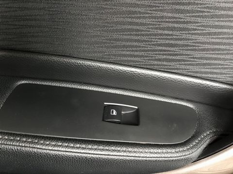 2010 BMW 1 Series 2.0 118d SE 2dr - Picture 27 of 31