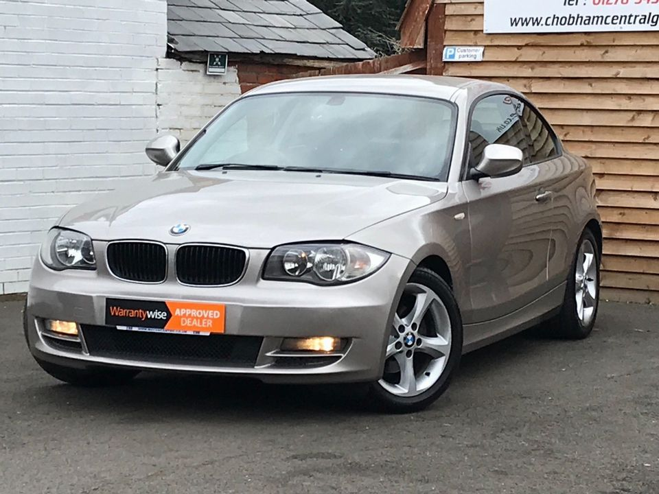 2010 BMW 1 Series 2.0 118d SE 2dr - Picture 5 of 31