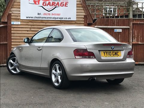 2010 BMW 1 Series 2.0 118d SE 2dr - Picture 8 of 31