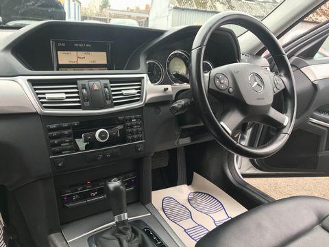 2011 Mercedes-Benz E Class 2.1 E220 CDI BlueEFFICIENCY SE 4dr - Picture 11 of 34