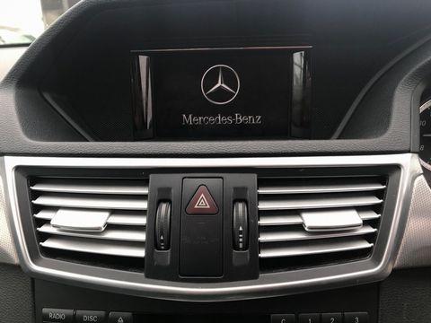 2011 Mercedes-Benz E Class 2.1 E220 CDI BlueEFFICIENCY SE 4dr - Picture 21 of 34