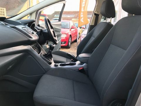 2013 Ford C-Max 1.6 Zetec 5dr - Picture 16 of 31