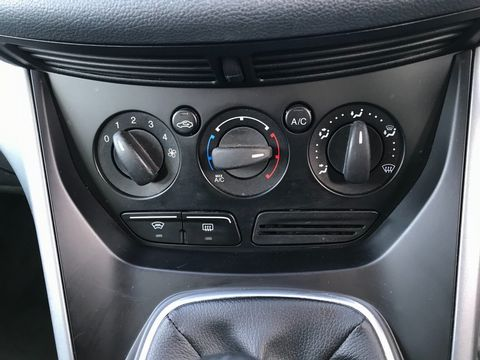 2013 Ford C-Max 1.6 Zetec 5dr - Picture 22 of 31