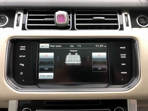 2014 Land Rover Range Rover 3.0 TD V6 Vogue 4X4 (s/s) 5dr - Picture 16 of 51
