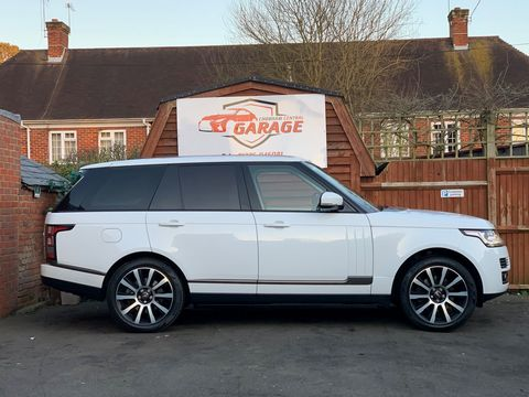 2014 Land Rover Range Rover 3.0 TD V6 Vogue 4X4 (s/s) 5dr - Picture 6 of 51
