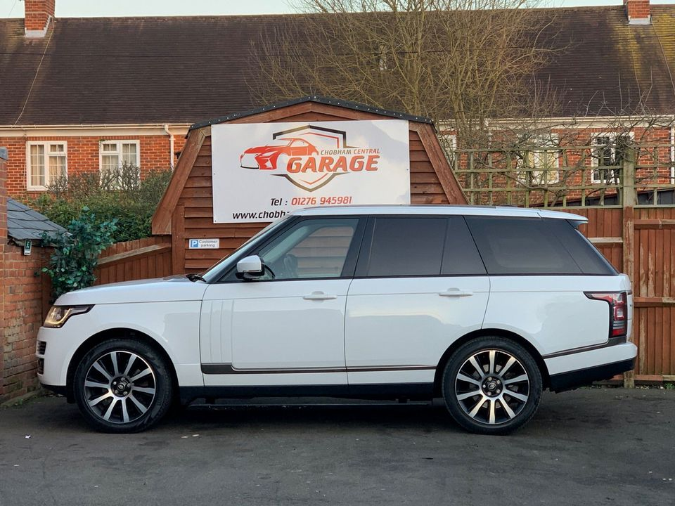 2014 Land Rover Range Rover 3.0 TD V6 Vogue 4X4 (s/s) 5dr - Picture 7 of 51