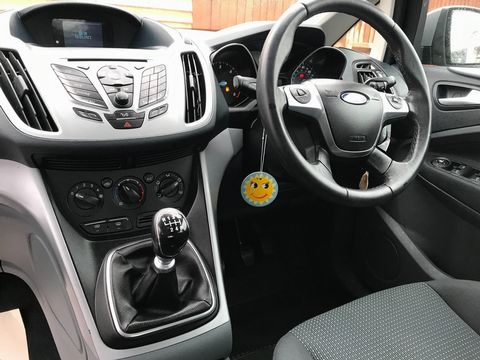 2011 Ford Grand C-Max 1.6 TDCi Zetec 5dr - Picture 13 of 32