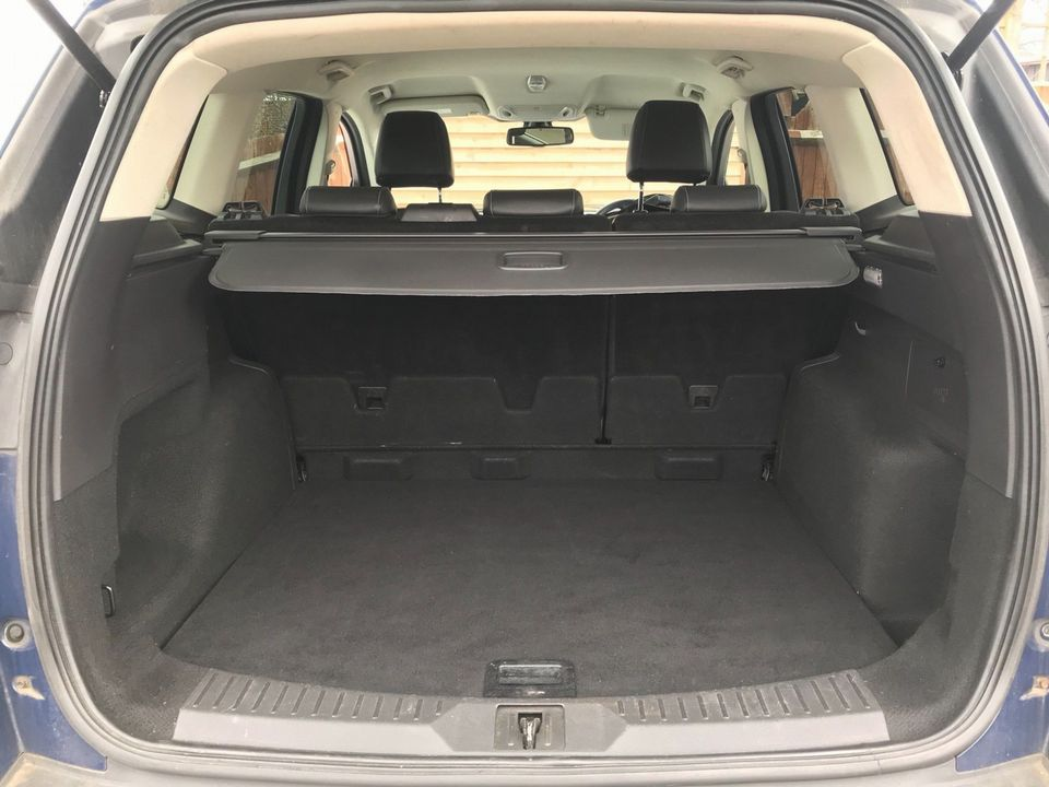 2013 Ford Kuga 2.0 TDCi Titanium 5dr - Picture 10 of 37