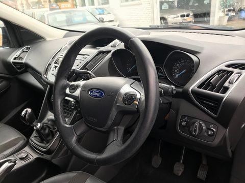 2013 Ford Kuga 2.0 TDCi Titanium 5dr - Picture 13 of 37