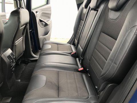2013 Ford Kuga 2.0 TDCi Titanium 5dr - Picture 18 of 37