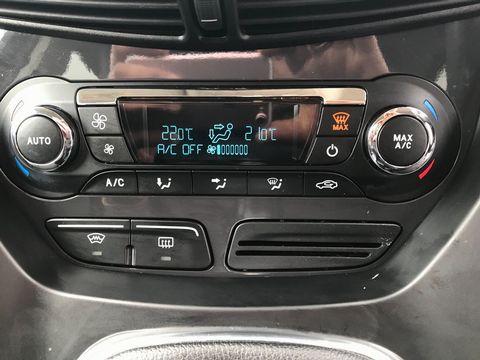 2013 Ford Kuga 2.0 TDCi Titanium 5dr - Picture 20 of 37