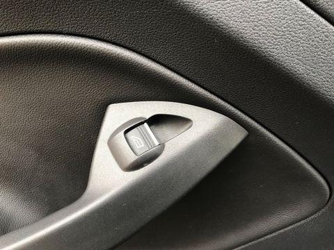 2013 Ford Kuga 2.0 TDCi Titanium 5dr - Picture 33 of 37