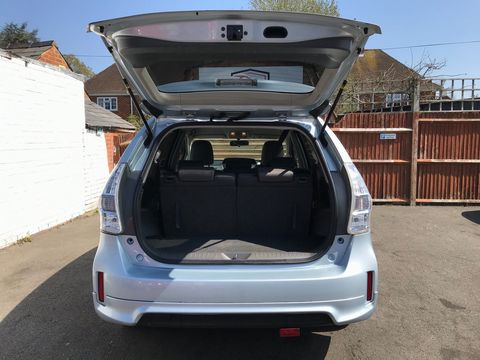 2013 Toyota Prius+ 1.8 VVT-h T4 CVT 5dr (7 Seats) - Picture 12 of 45