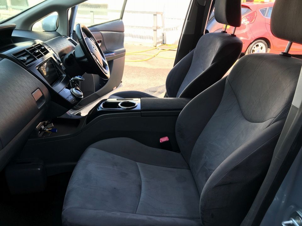 2013 Toyota Prius+ 1.8 VVT-h T4 CVT 5dr (7 Seats) - Picture 17 of 45