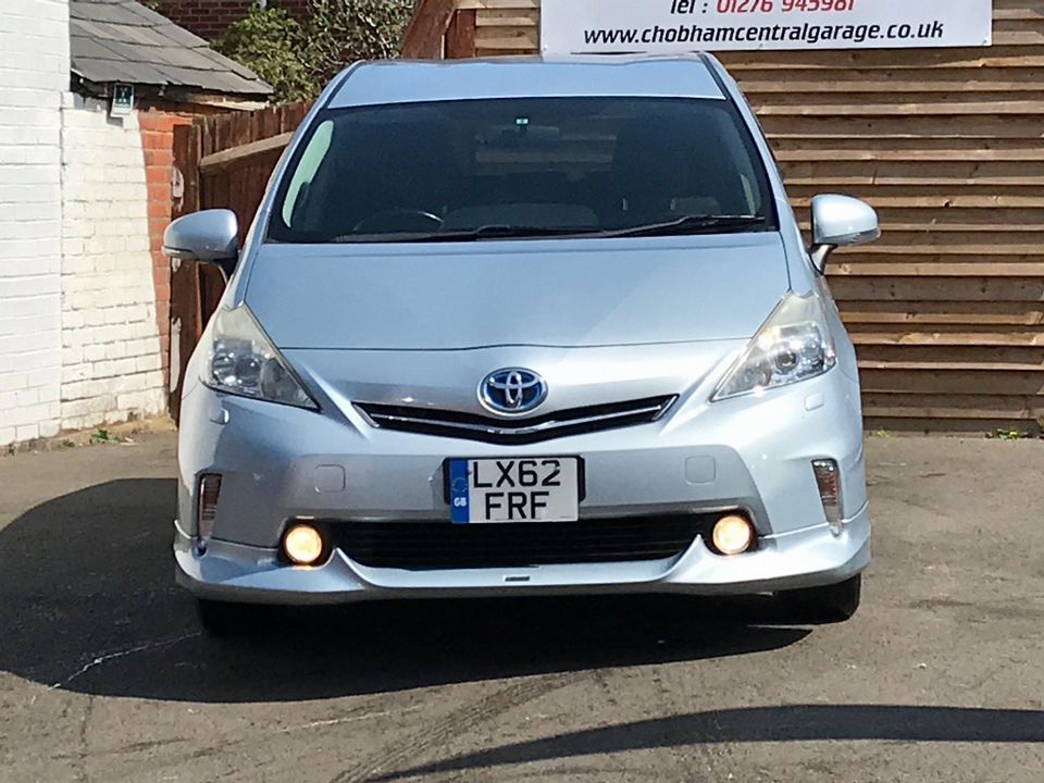 2013 Toyota Prius+ 1.8 VVT-h T4 CVT 5dr (7 Seats) - Picture 3 of 45