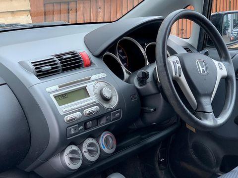 2007 Honda Jazz 1.4 i-DSI SE CVT-7 5dr - Picture 12 of 25