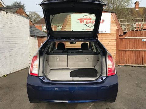 2013 Toyota Prius 1.8 VVT-h T3 CVT 5dr - Picture 11 of 42
