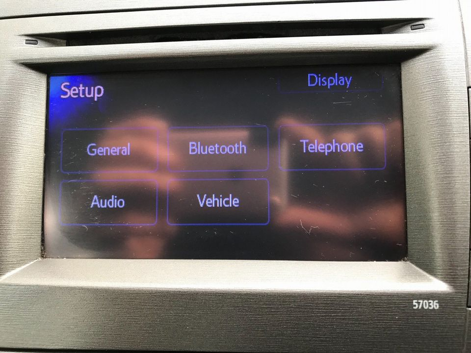 2013 Toyota Prius 1.8 VVT-h T3 CVT 5dr - Picture 29 of 42