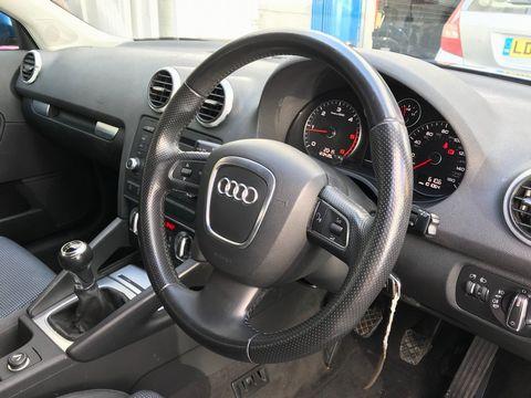 2010 Audi A3 1.6 TDI Sport Sportback 5dr - Picture 13 of 35
