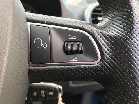 2010 Audi A3 1.6 TDI Sport Sportback 5dr - Picture 26 of 35