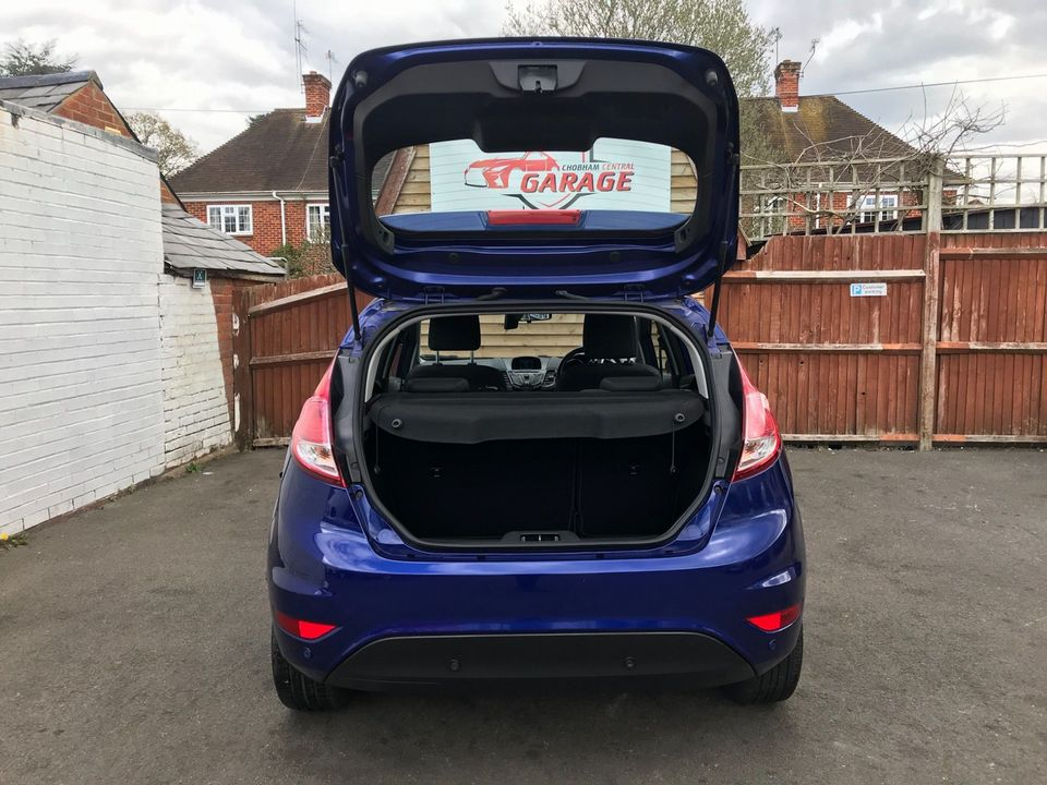 2014 Ford Fiesta 1.25 Zetec 5dr - Picture 10 of 31