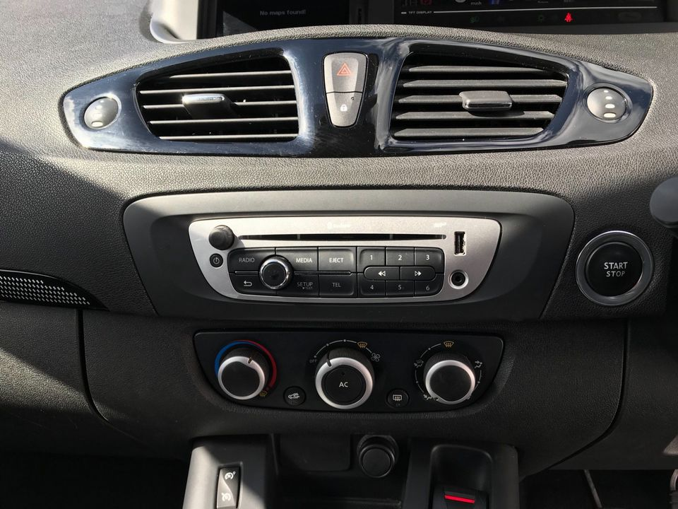 2012 Renault Grand Scenic 1.5 dCi Dynamique TomTom 5dr - Picture 22 of 32