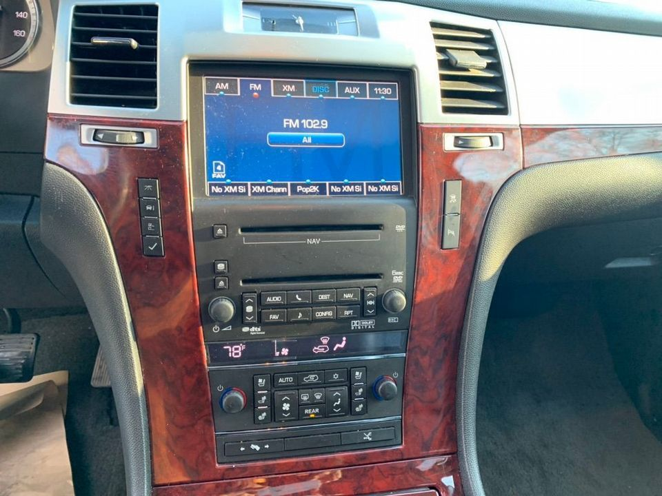 2012 Cadillac Escalade 6.2 V8 Sport Luxury SUV 5dr Petrol Automatic 4WD (383 g/km, 409 bhp) - Picture 11 of 37