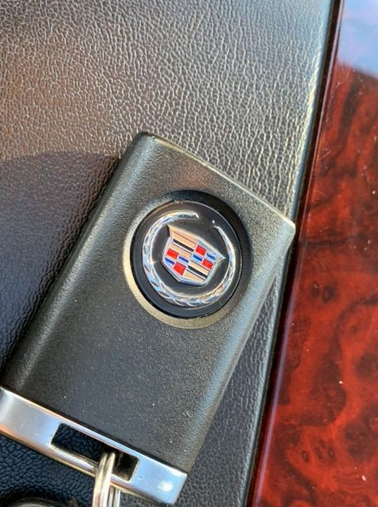 2012 Cadillac Escalade 6.2 V8 Sport Luxury SUV 5dr Petrol Automatic 4WD (383 g/km, 409 bhp) - Picture 33 of 37