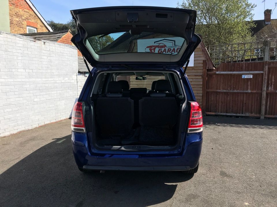 2010 Vauxhall Zafira 1.9 CDTi Active 5dr - Picture 10 of 34