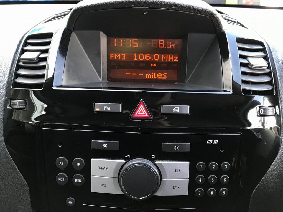 2010 Vauxhall Zafira 1.9 CDTi Active 5dr - Picture 20 of 34